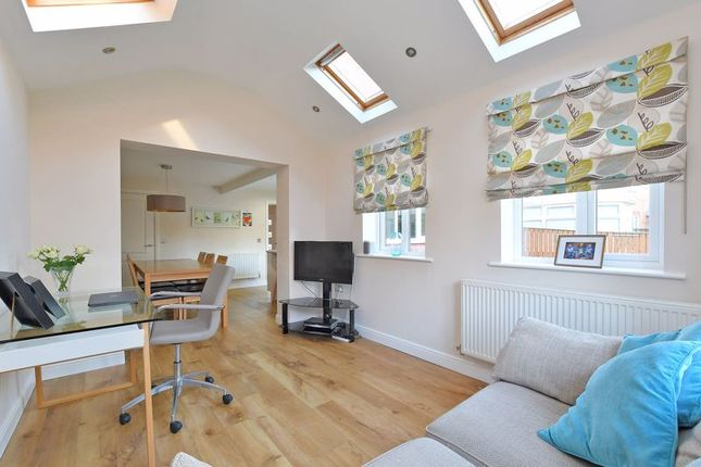 Family Room of Stockarth Place, Oughtibridge, Sheffield S35