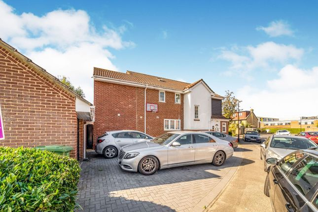 Thumbnail Detached house for sale in Palmerston Avenue, Slough