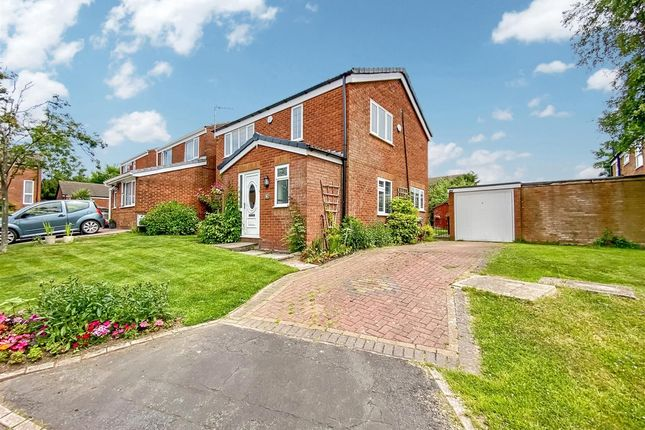 4 bed detached house for sale in Higher Meadow, Clayton-Le-Woods, Chorley PR25
