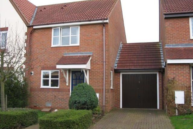 Thumbnail Semi-detached house to rent in Porthmellin Close, Tattenhoe, Milton Keynes
