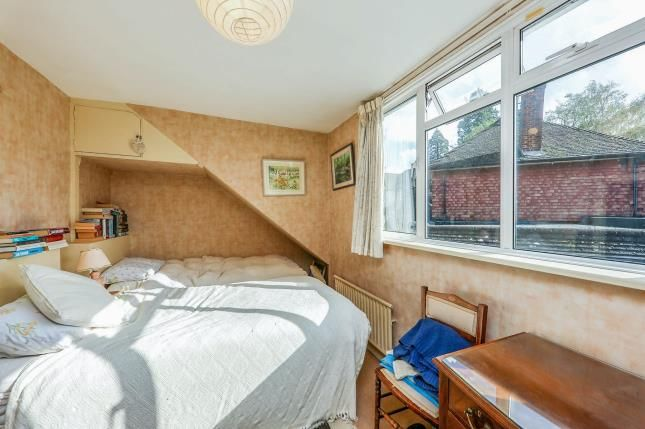 Bedroom of Tannersfield, Shalford, Guildford GU4