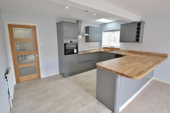 Kitchen Area of Reading Road, Pangbourne, Reading RG8