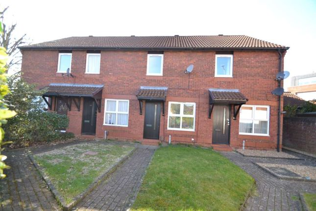 2 bed terraced house to rent in Hawthorne Place, Epsom KT17