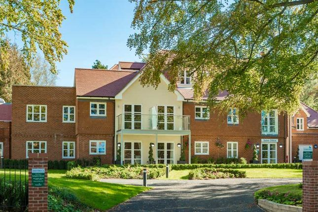 Flat for sale in Westhall Road, Warlingham