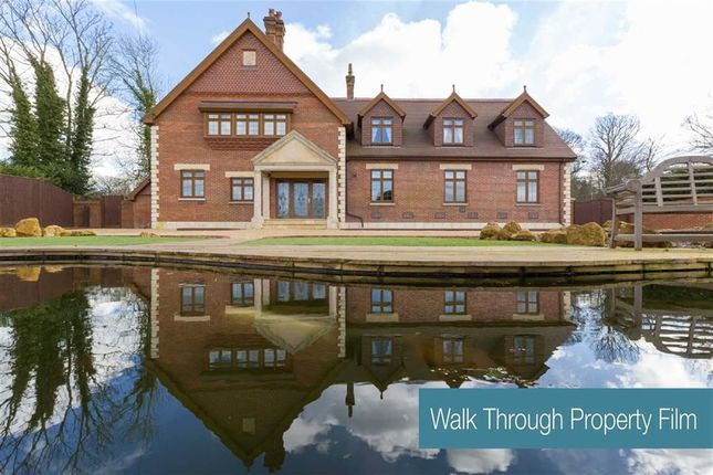 Thumbnail Country house for sale in Easons Green, Framfield, Uckfield