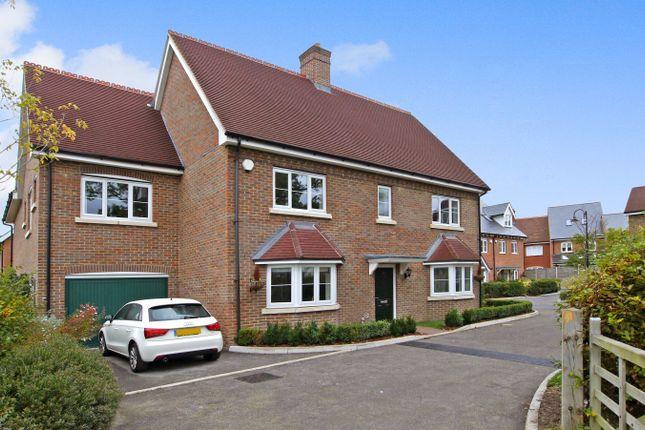 Thumbnail Detached house to rent in Ellis Road, Broadbridge Heath, Horsham