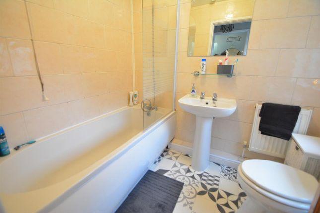 Bathroom of Mitchell Street, Long Eaton, Nottingham NG10