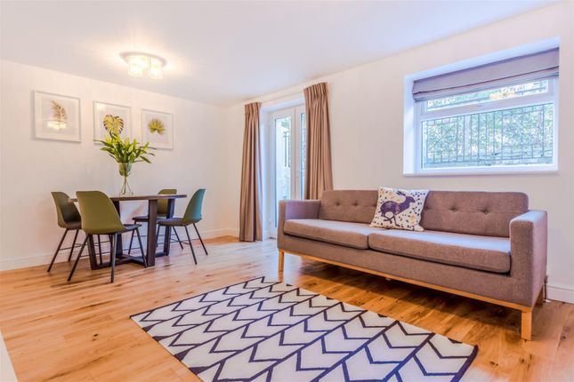 Thumbnail Flat to rent in Grove Lane, London