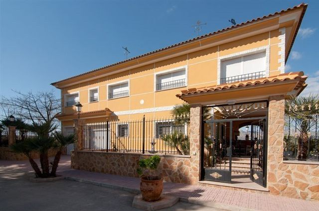 Thumbnail Country house for sale in Alicante, Valencia, Spain