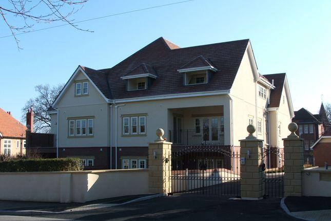 Thumbnail Flat to rent in Glyn Garth Apartments, Walshaw Avenue, Colwyn Bay