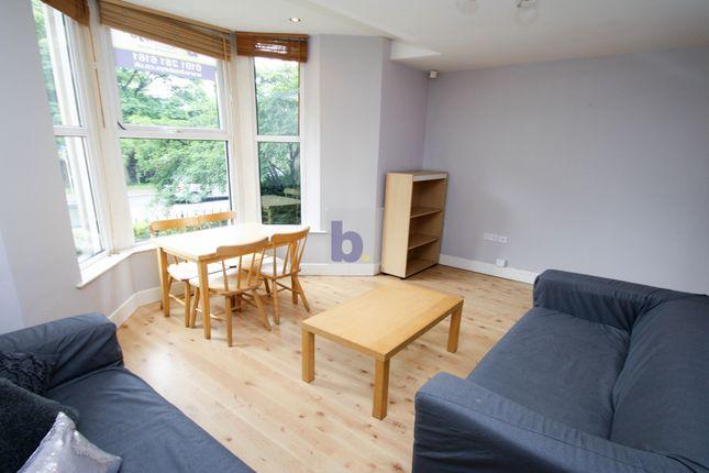 Thumbnail Flat to rent in Jesmond Road, Jesmond, Newcastle Upon Tyne