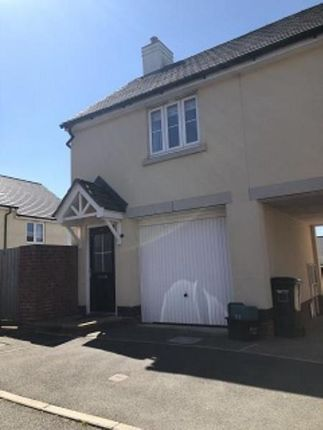 2 bed property to rent in Carnac Drive, Dawlish EX7