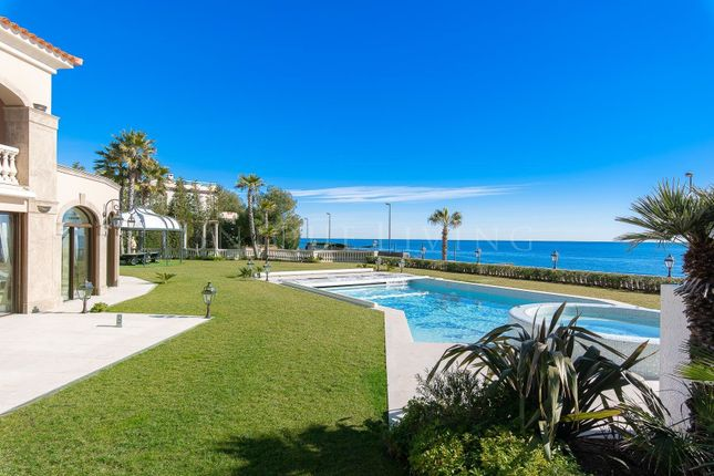 Thumbnail Town house for sale in Cap D'antibes, 06160, France