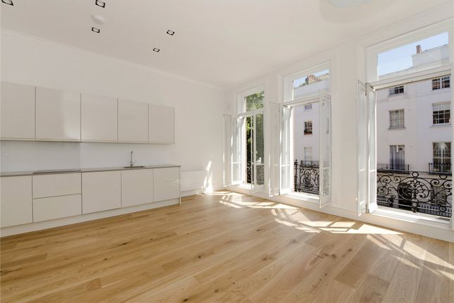 2 bed flat to rent in Colosseum Terrace, Regents Park, London NW1