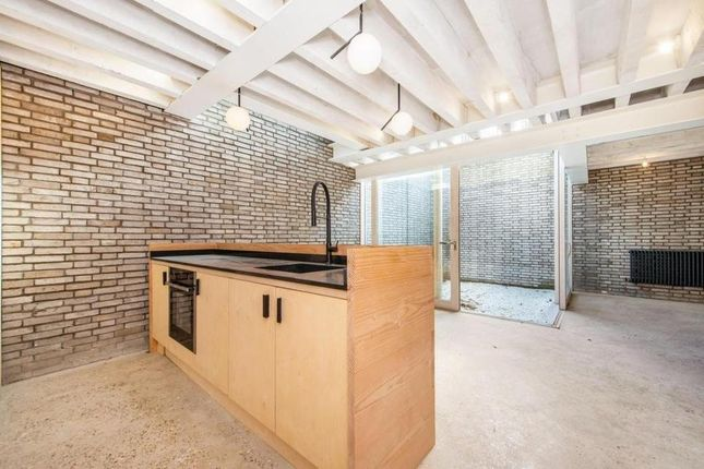 Thumbnail Semi-detached house to rent in Ritson Road, London
