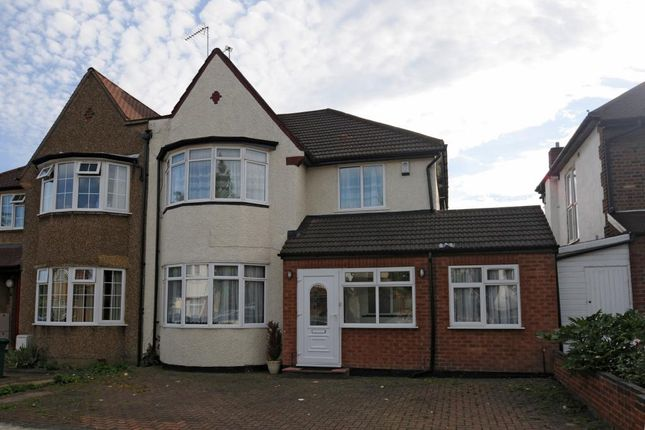 Thumbnail Detached house to rent in Hervey Close, Finchley N3,
