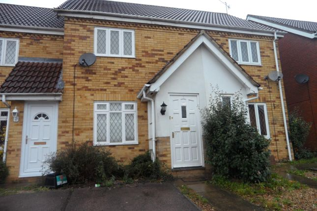 Thumbnail Property to rent in Wiseman Close, Luton