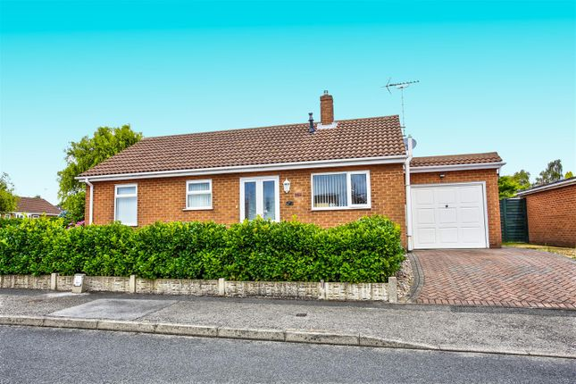 Thumbnail Detached bungalow to rent in Hawksworth Avenue, Forest Town, Mansfield