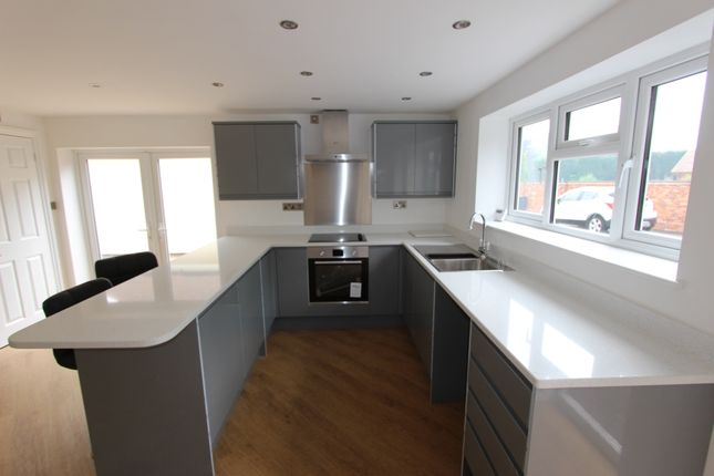 Thumbnail 1 bed mews house to rent in Windmill Lane, Balsall Common, Coventry