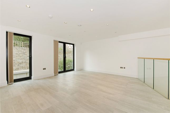 Thumbnail Terraced house to rent in Morea Mews, London