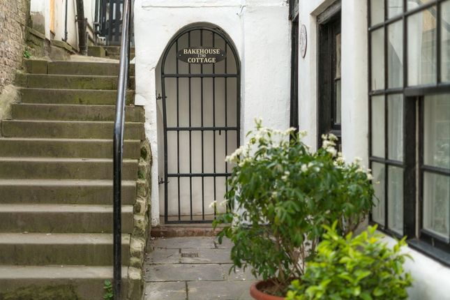 Thumbnail Terraced house for sale in Bakehouse Yard, Haggersgate, Whitby
