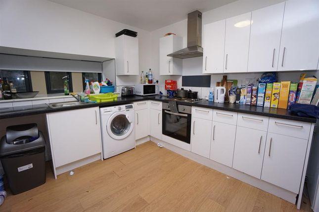 Communal Kitchen of Oxford Street, Crookesmoor, Sheffield S6