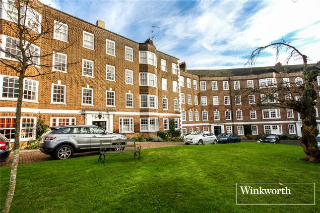 2 bed flat for sale in South Grove House, South Grove, London