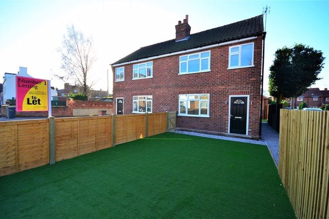3 bed semi-detached house to rent in Rythergate, Cawood YO8