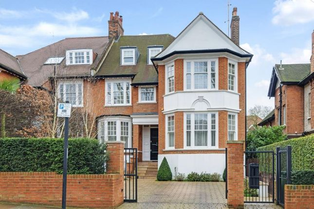 Thumbnail Property to rent in Ferncroft Avenue, London
