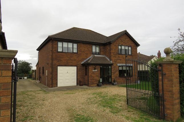 Thumbnail Detached house for sale in Northgate, Pinchbeck, Spalding