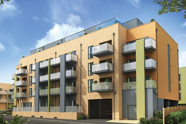 Thumbnail Flat to rent in Scenix, Chigwell Road, South Woodford