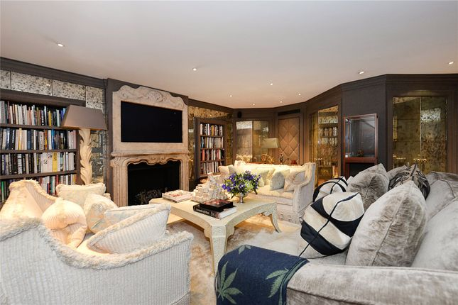 Thumbnail Town house for sale in Eaton Square, Belgravia, London