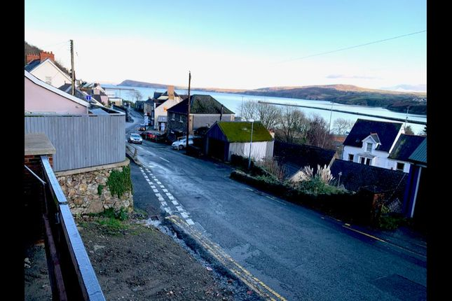 View.Png of Stop & Call Hill, Goodwick SA64