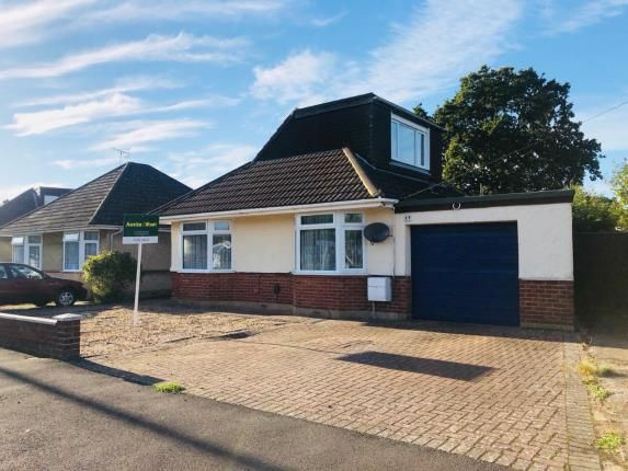 2 bedroom bungalow for sale in Totton, Southampton, Hampshire