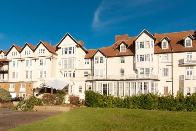 Thumbnail Flat to rent in Beach Road, Westgate-On-Sea