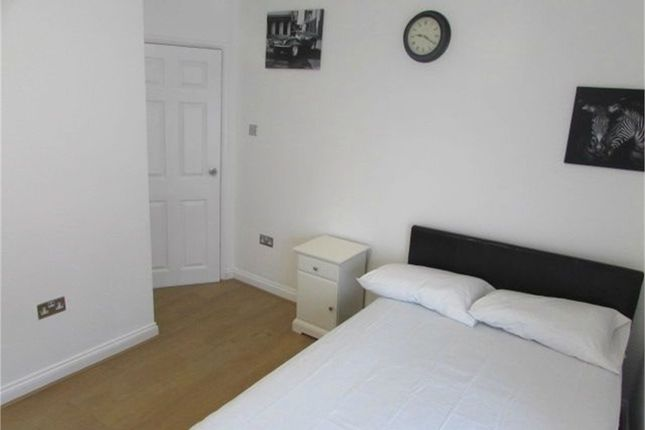 Thumbnail Shared accommodation to rent in Warwick Road, Kenilworth, Warwickshire