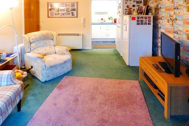 Lounge of Chestnut Court, 45 Shaftesbury Avenue, Southampton SO17