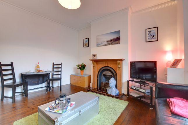 Thumbnail Flat to rent in 12 Dunstan Road, Tunbridge Wells