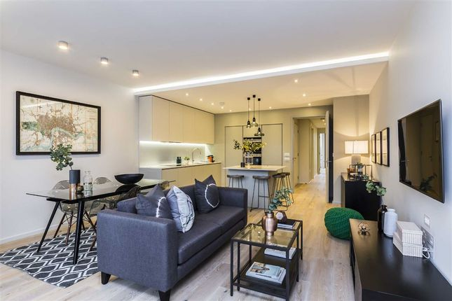 2 bed flat for sale in Rushworth Street, London