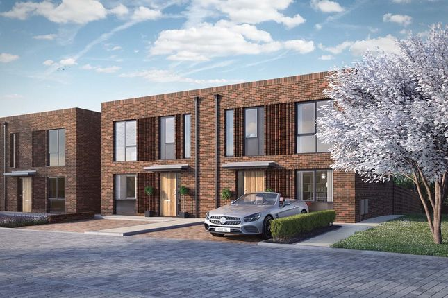 Thumbnail Terraced house for sale in Bucknalls Drive, Bricket Wood, St. Albans