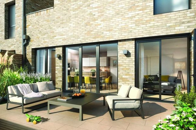 Thumbnail Property for sale in Cambium, Townhouse, Southfields
