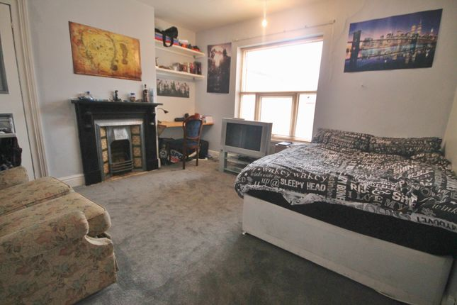 Thumbnail End terrace house to rent in Stretton Road, West End, Leicester