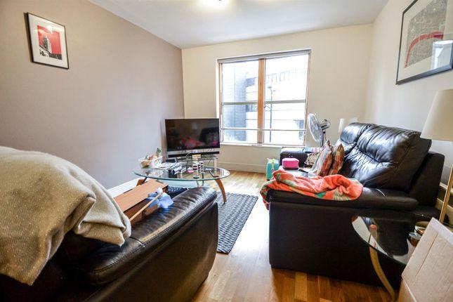 2 bed flat to rent in London House, Aldersgate Street, London EC1A