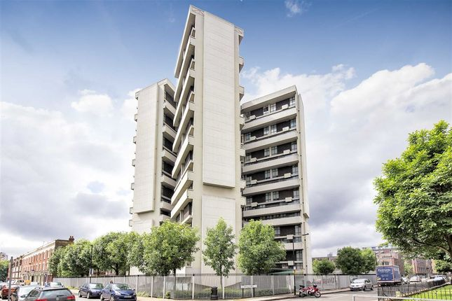 Thumbnail Flat for sale in Claredale Street, London