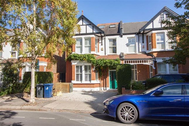 Thumbnail Semi-detached house to rent in Chatsworth Gardens, London