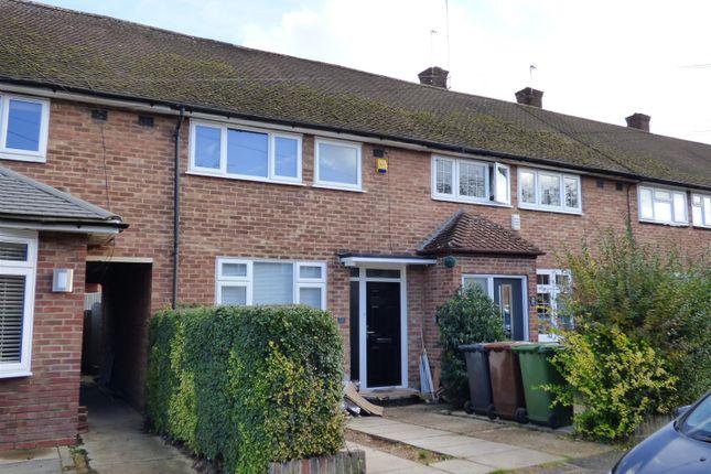 Thumbnail Terraced house to rent in Linton Avenue, Borehamwood