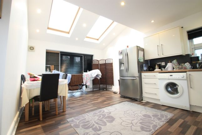 Thumbnail Maisonette to rent in Fairlight Road, Tooting Broadway