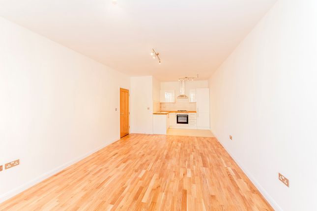 Thumbnail Flat to rent in 22/26 South Street (8), Worthing, Sussex