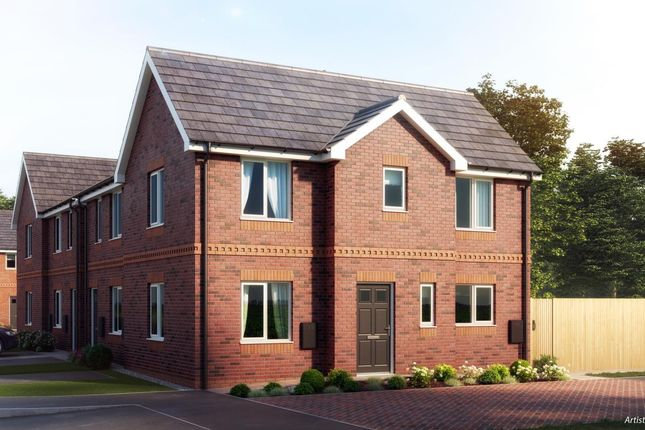 3 bedroom semi-detached house for sale in Leigh, Wigan
