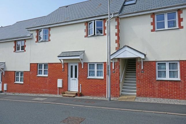 2 bed flat for sale in The Mowhay, Holsworthy EX22